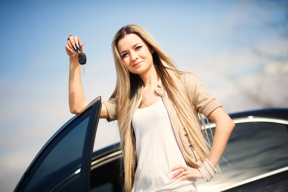 Monthly Car Rental in Dubai